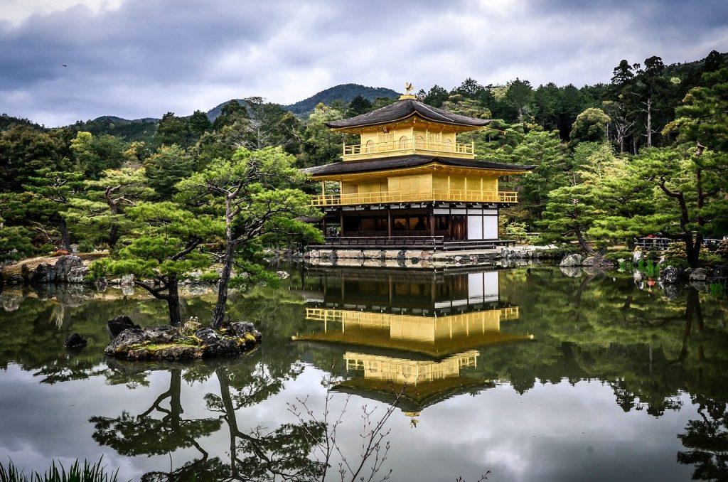 temple-zen-meditation-jardin